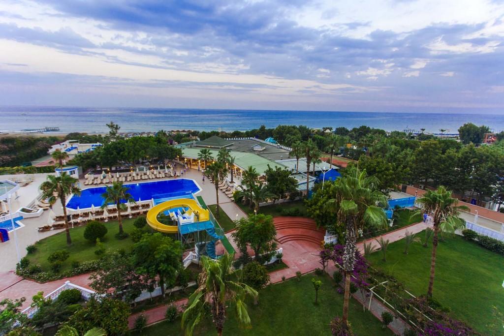 Фото отеля The Garden Beach Hotel 5*  5*