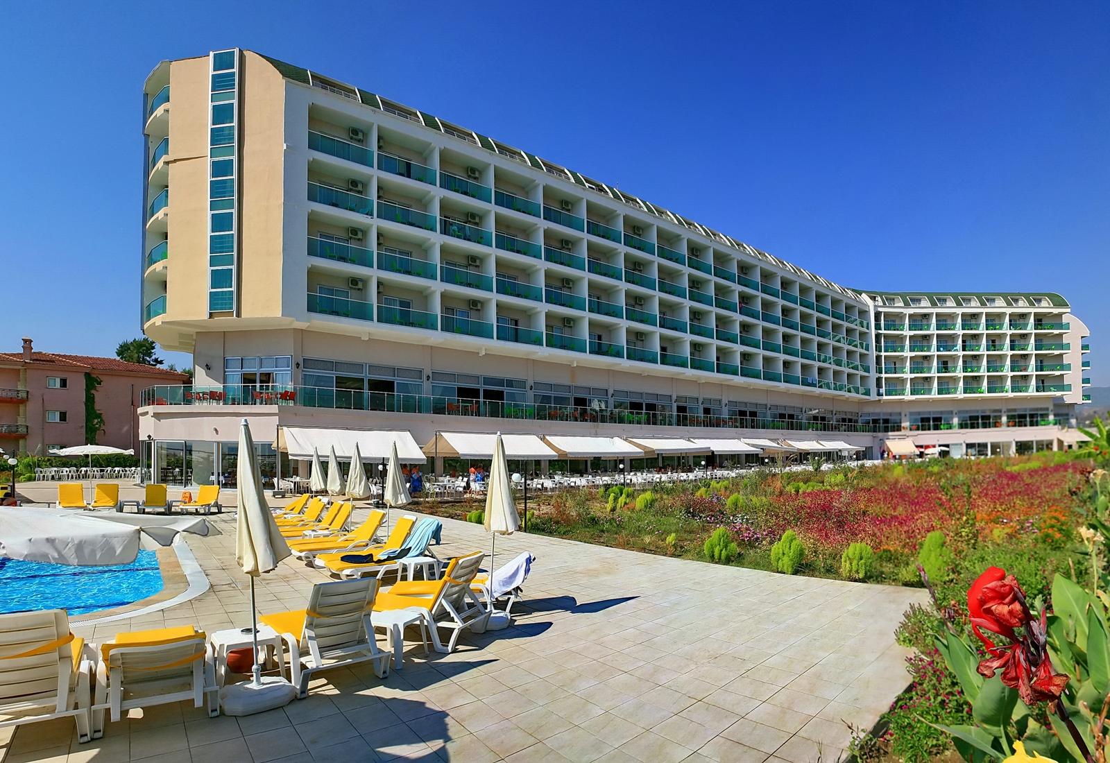 Фото отеля Hedef Beach Resort & Spa 5*