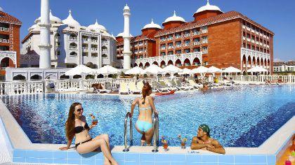 Фото 5* Royal Taj Mahal Hotel