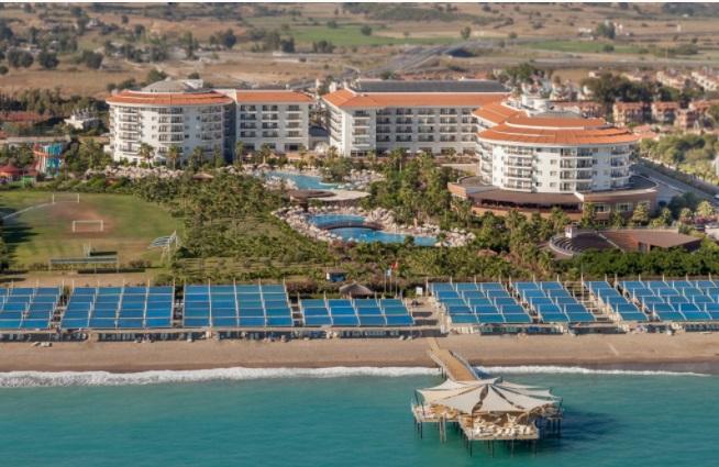 Фото отеля Sea World Resort & Spa 5*