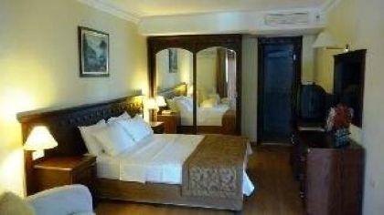 Фото 3* Istanbul Palace Hotel