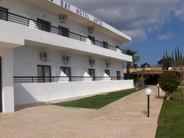 Фото отеля Konnos Bay Hotel Apartments 3*