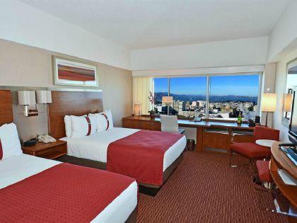 ���� 2* Holiday Inn Golden Gateway