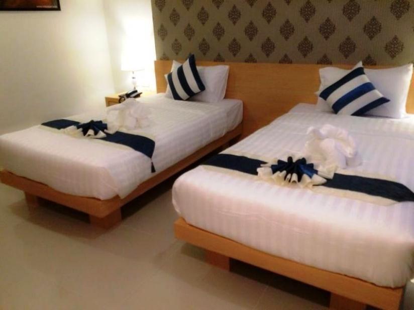 Фото отеля Icheck Inn Central Patong 4*