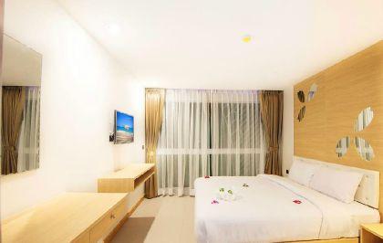 Фото 4* Araya Beach Hotel Patong