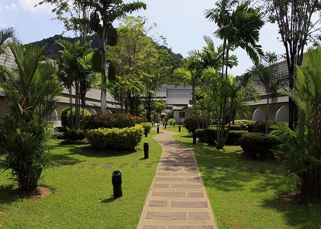 Фото отеля Centara Kata Resort 4*