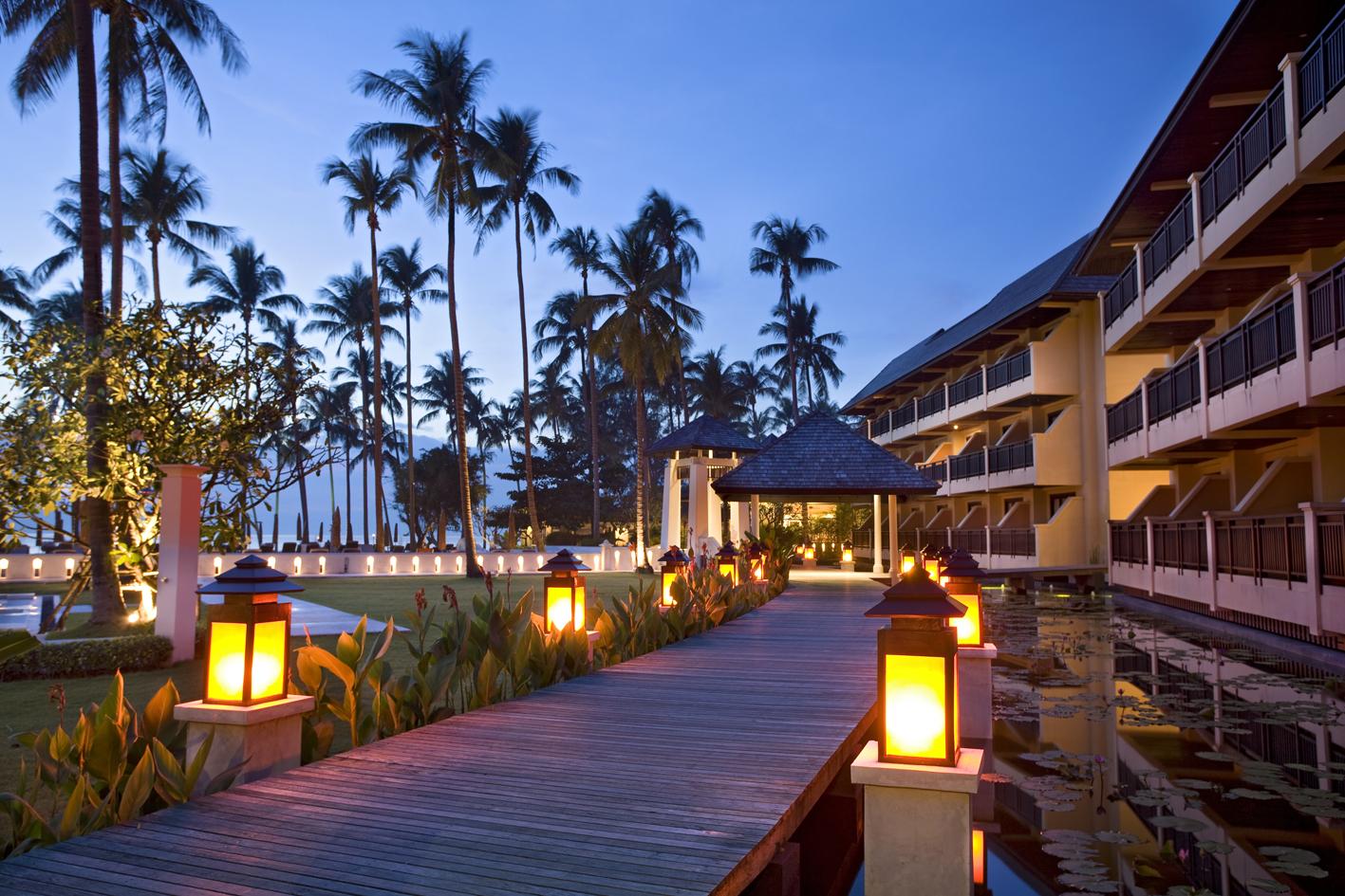 Фото отеля Amari Emerald Cove Resort 4*