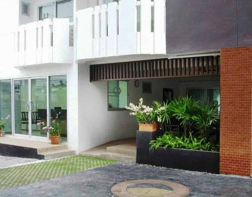 ���� ����� The Ivory Suvarnabhumi Hotel 2*