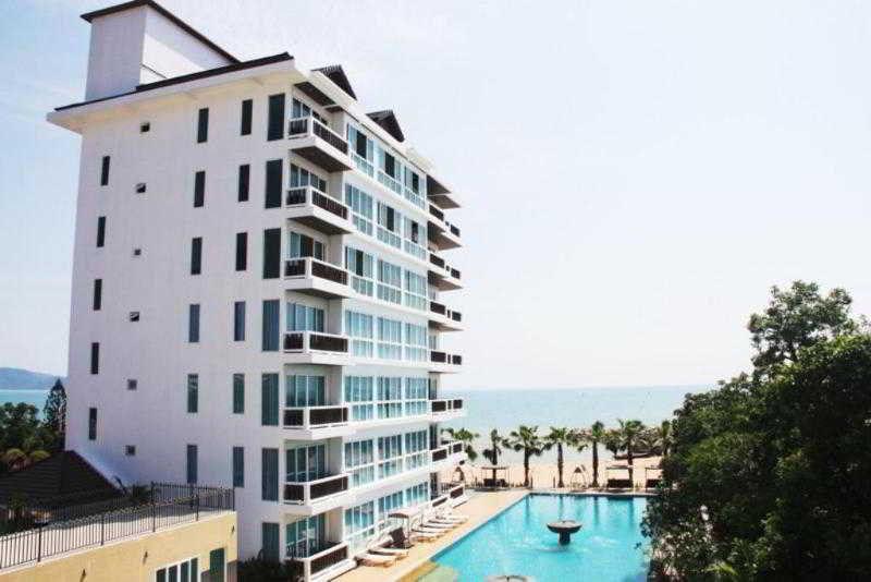 Фото отеля The Sand Beach 3*
