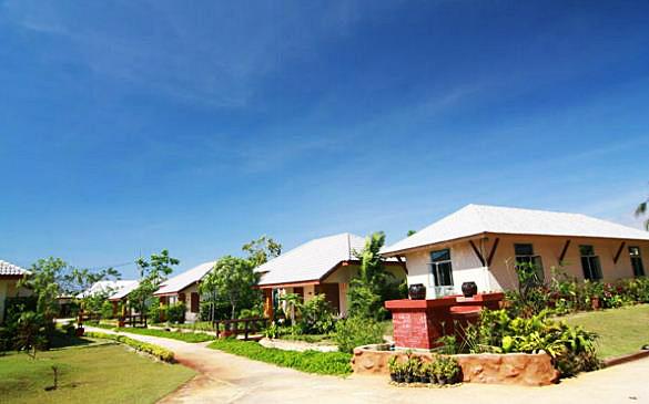 Фото отеля Eastiny Resort & Spa 3*