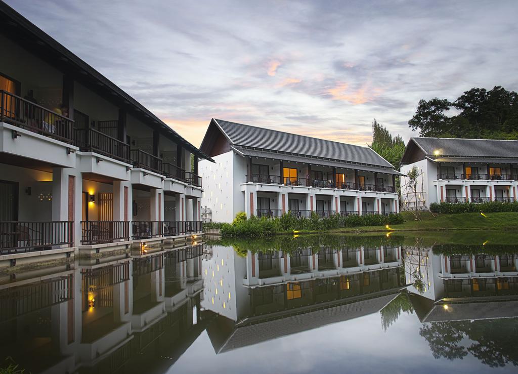 Фото отеля Tinidee Hotel @ Phuket 2*