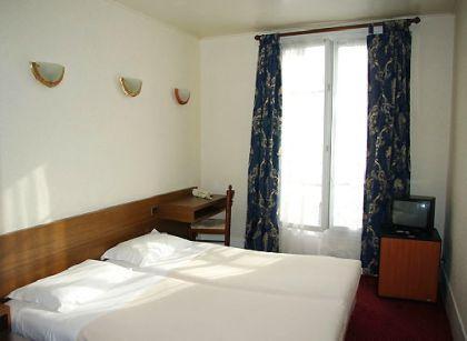 Фото  Hotel Du Roi Rene Paris