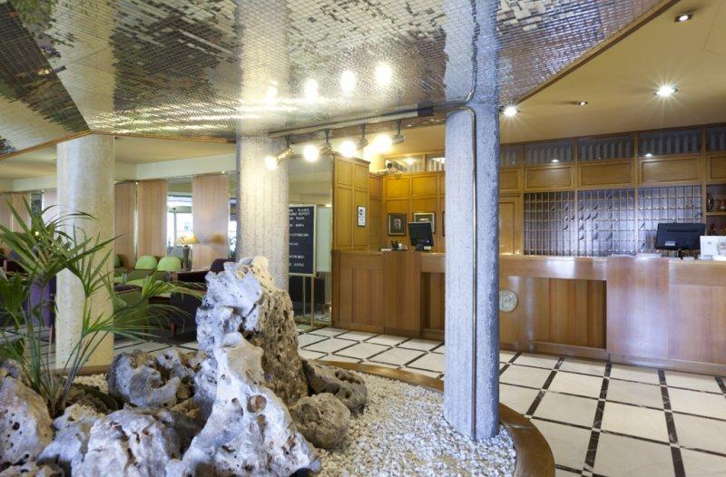 Фото отеля Riazor 2*