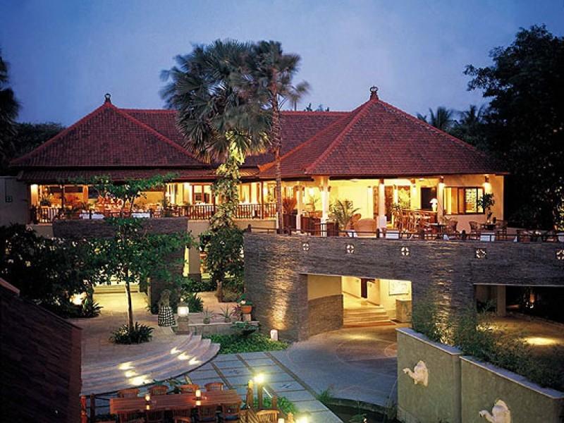 Фото отеля Alam Kul Kul 3*