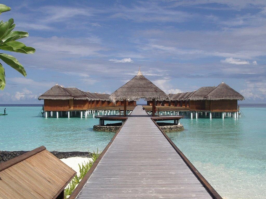 Фото отеля Maafushivaru 4*