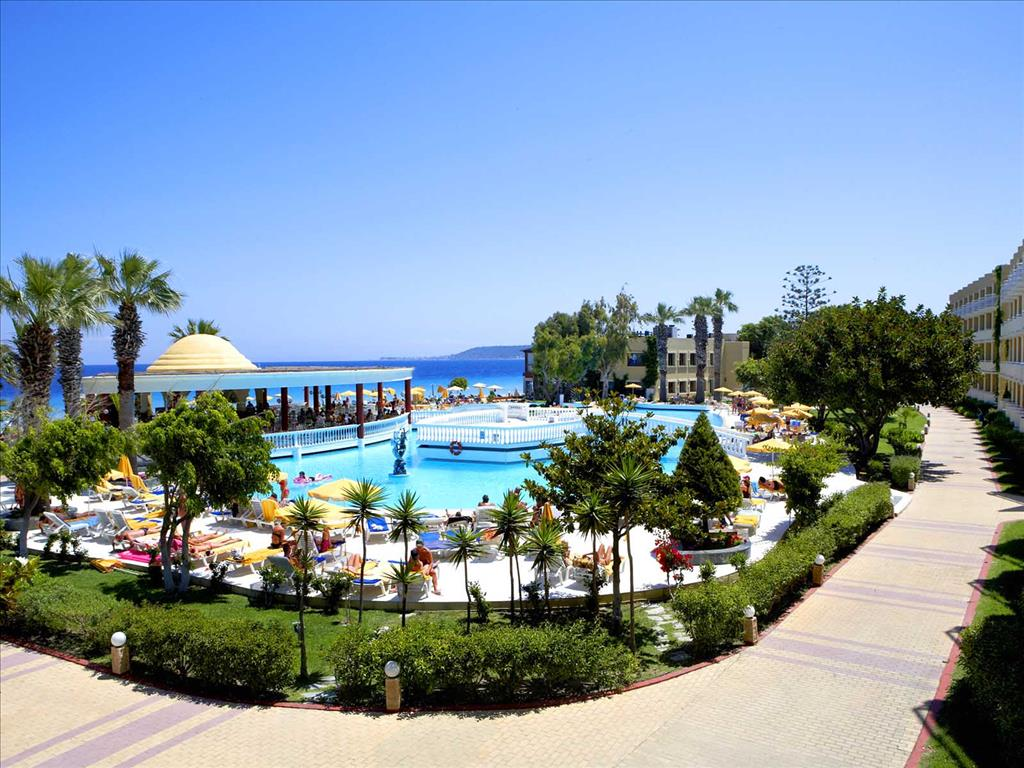Фото отеля Alia Club Beach Apt Hotel 2*