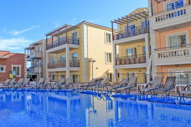 Фото отеля Porto Kalamaki Hotel
