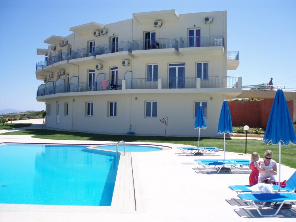 Фото отеля Renieris Hotel 2*