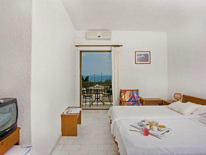 Фото 3* Pashos Hotel