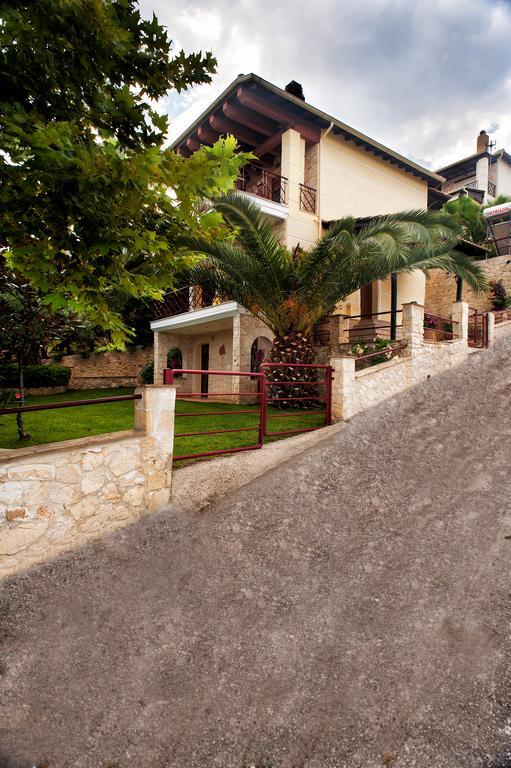 Фото отеля Villa Pefkohori -