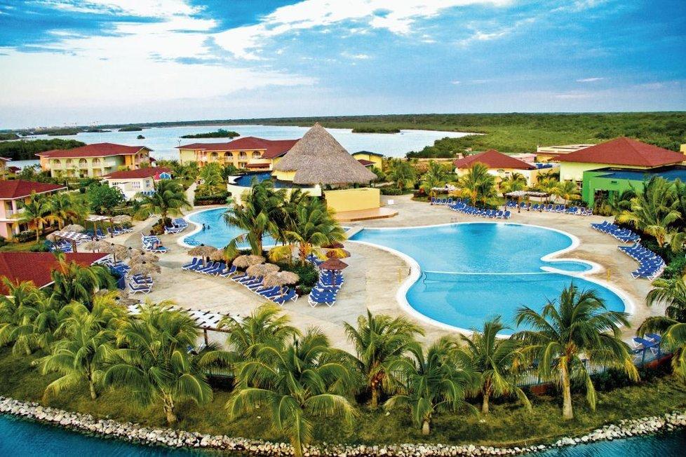 ���� ����� Memories Caribe Beach Resort 3*