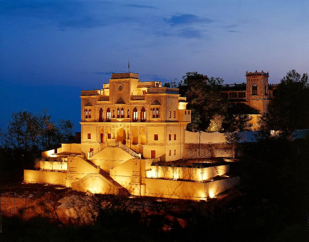 Фото отеля Ananda 5*