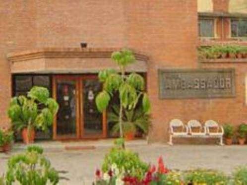 Фото отеля Ambassador 2*
