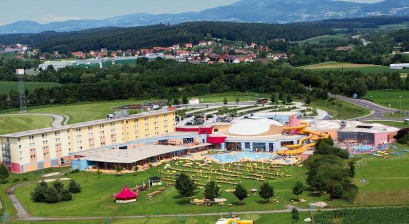 Фото отеля H2O Hotel 3*