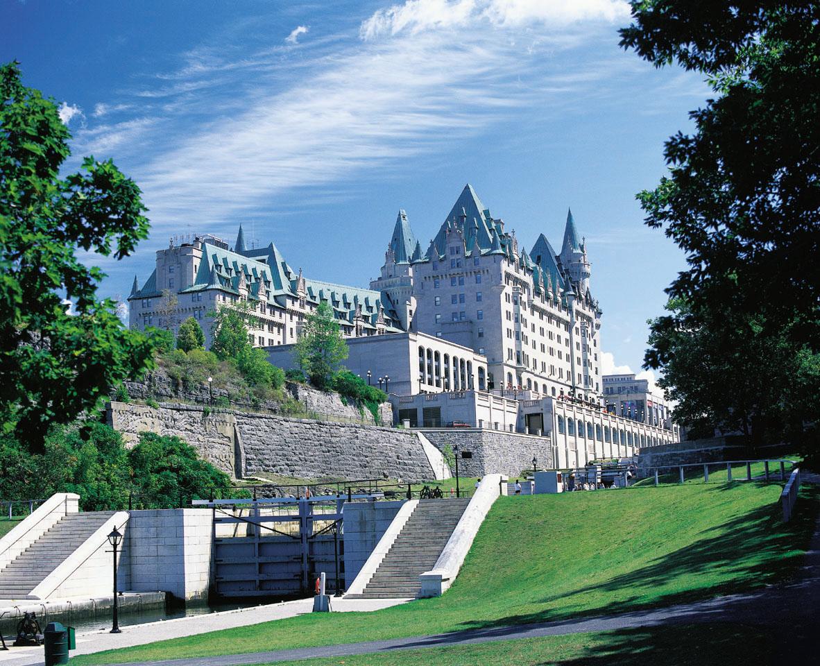 Фото отеля Fairmont Chateau Laurier 5*