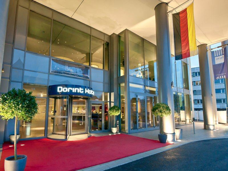 Фото отеля Dorint Hotel am Heumarkt 4*