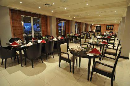 Фото 4* Crowne Plaza Hotel Muscat