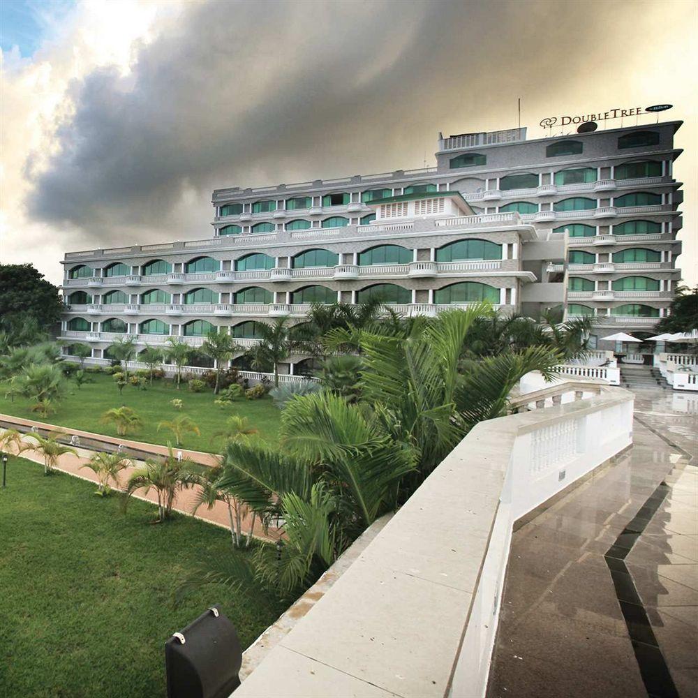 Фото отеля Doubletree by Hilton Dar es Salaam 4*