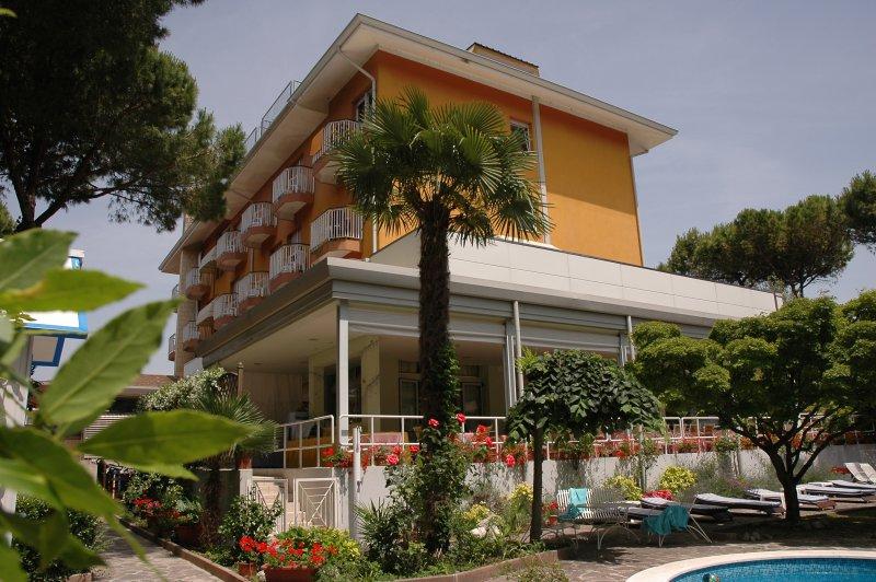 Фото отеля Arizona hotel Lignano Riviera 4*