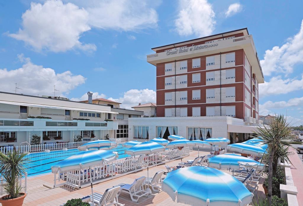Фото отеля Grand Hotel & Riviera 4*