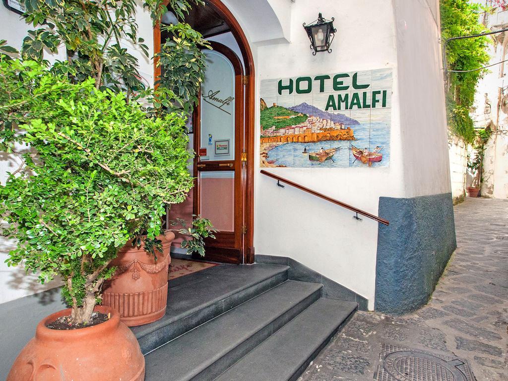 Фото отеля Amalfi 3*