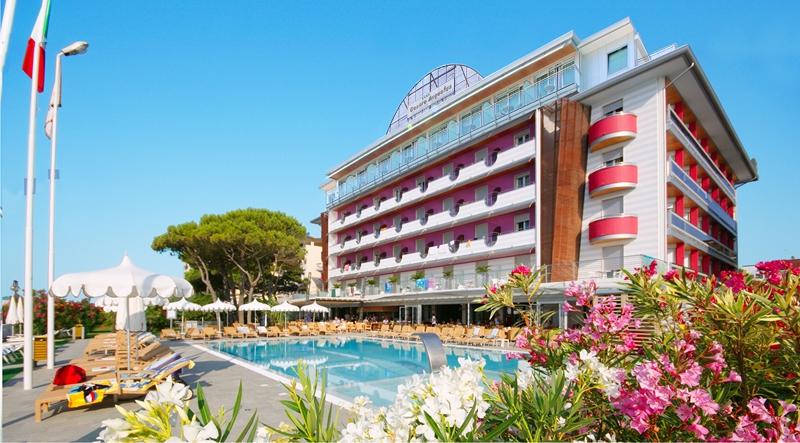 Фото отеля Cesare Augusto 4*