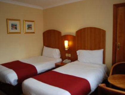 Фото 3* Days Hotel London South Ruislip