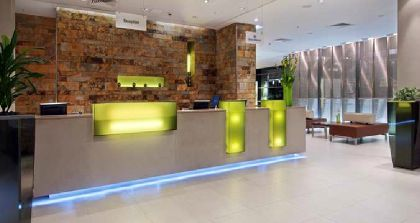 ���� 4* Hilton London Canary Wharf