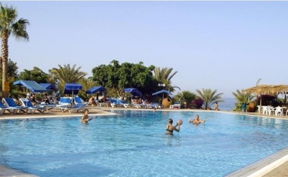 ���� 4* Cristal Spring Beach Resort