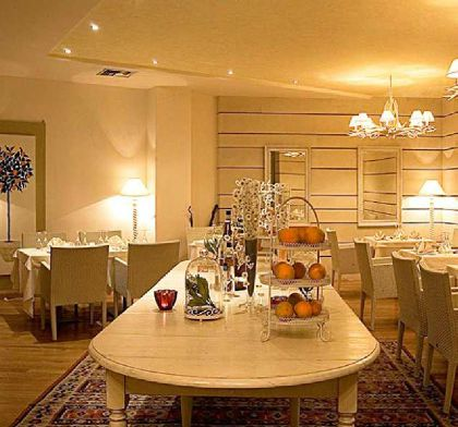 ���� 5* Dion Palace