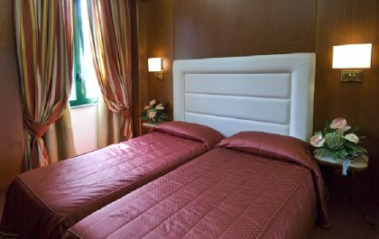 ���� 4* AS Hotel Monza