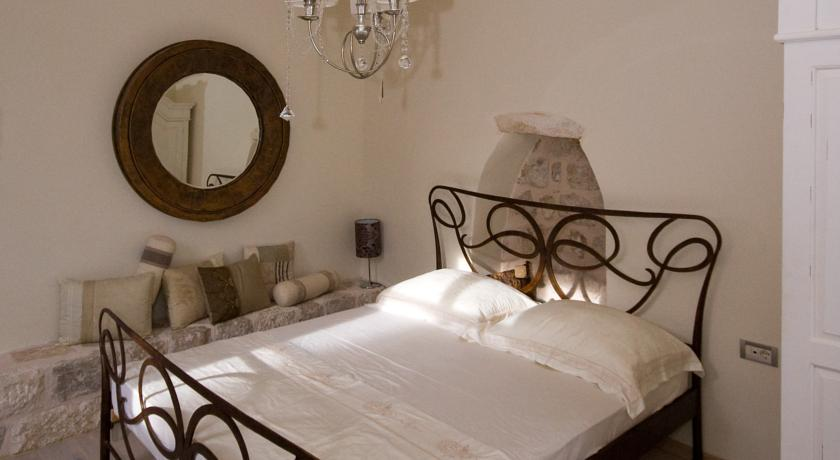 Фото отеля Old Town Ivory Apartments - Roko House 4*