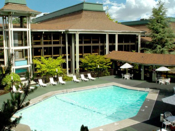 Фото отеля Doubletree Hotel Seattle Airport 4*