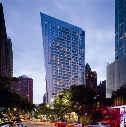 ���� ����� Sofitel Chicago Water Tower 4*