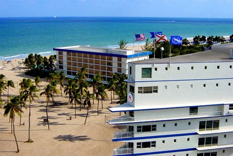 ���� ����� Sheraton Yankee Clipper Beach 2*