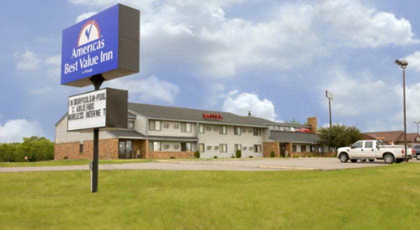 Фото отеля Americas Best Value Inn Clearwater - Saint Cloud 2*
