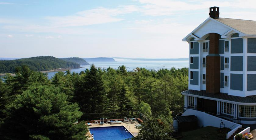 Фото отеля Bar Harbor Bluenose Inn 4*