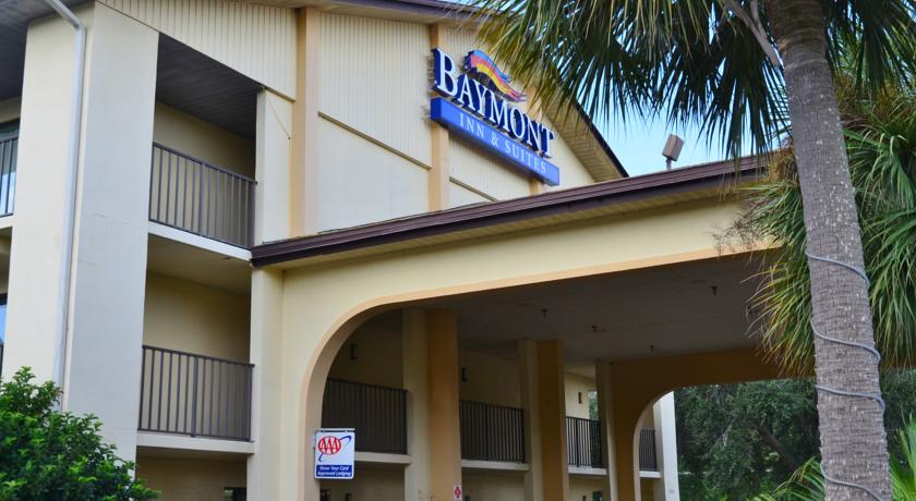 Фото отеля Baymont Inn and Suites Kissimmee 2*