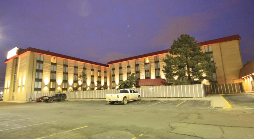 Фото отеля Best Inn & Suites Denver 3*