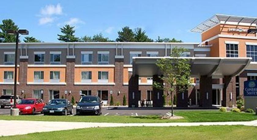 Фото отеля Cambria Suites Traverse City 3*